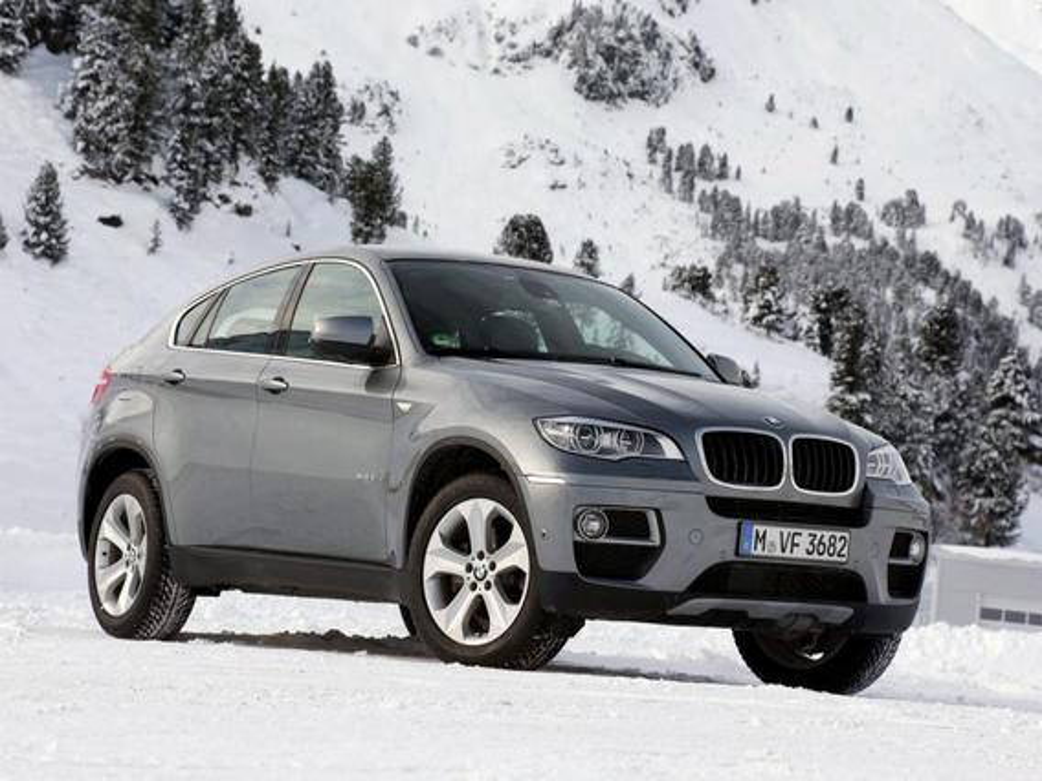 BMW X6 — описание модели