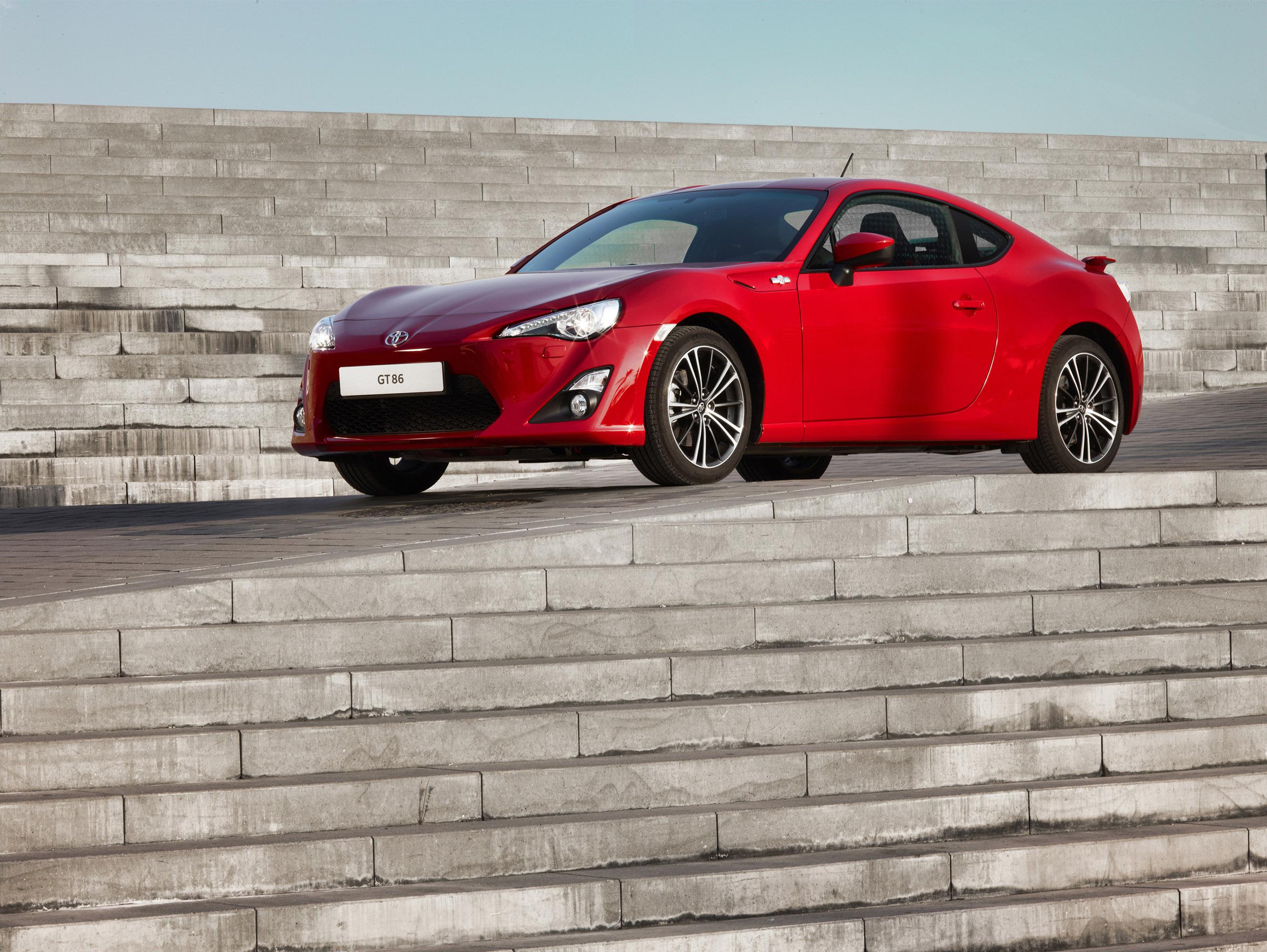 Toyota GT86 — описание модели