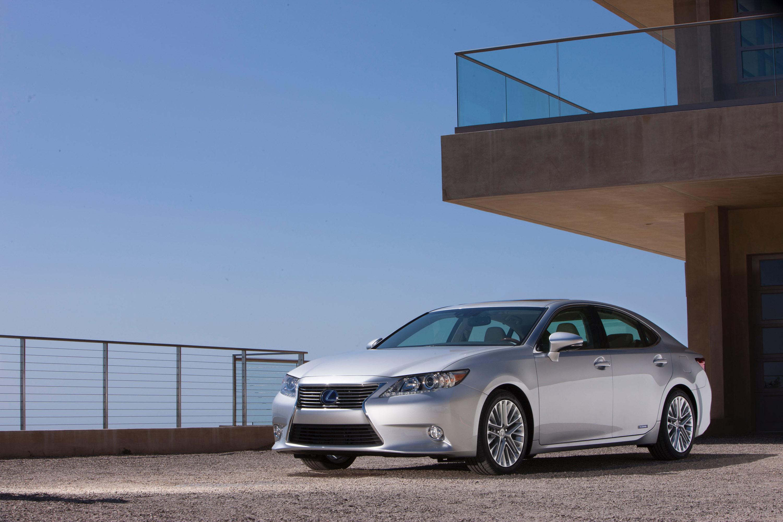 Lexus ES VI — описание модели