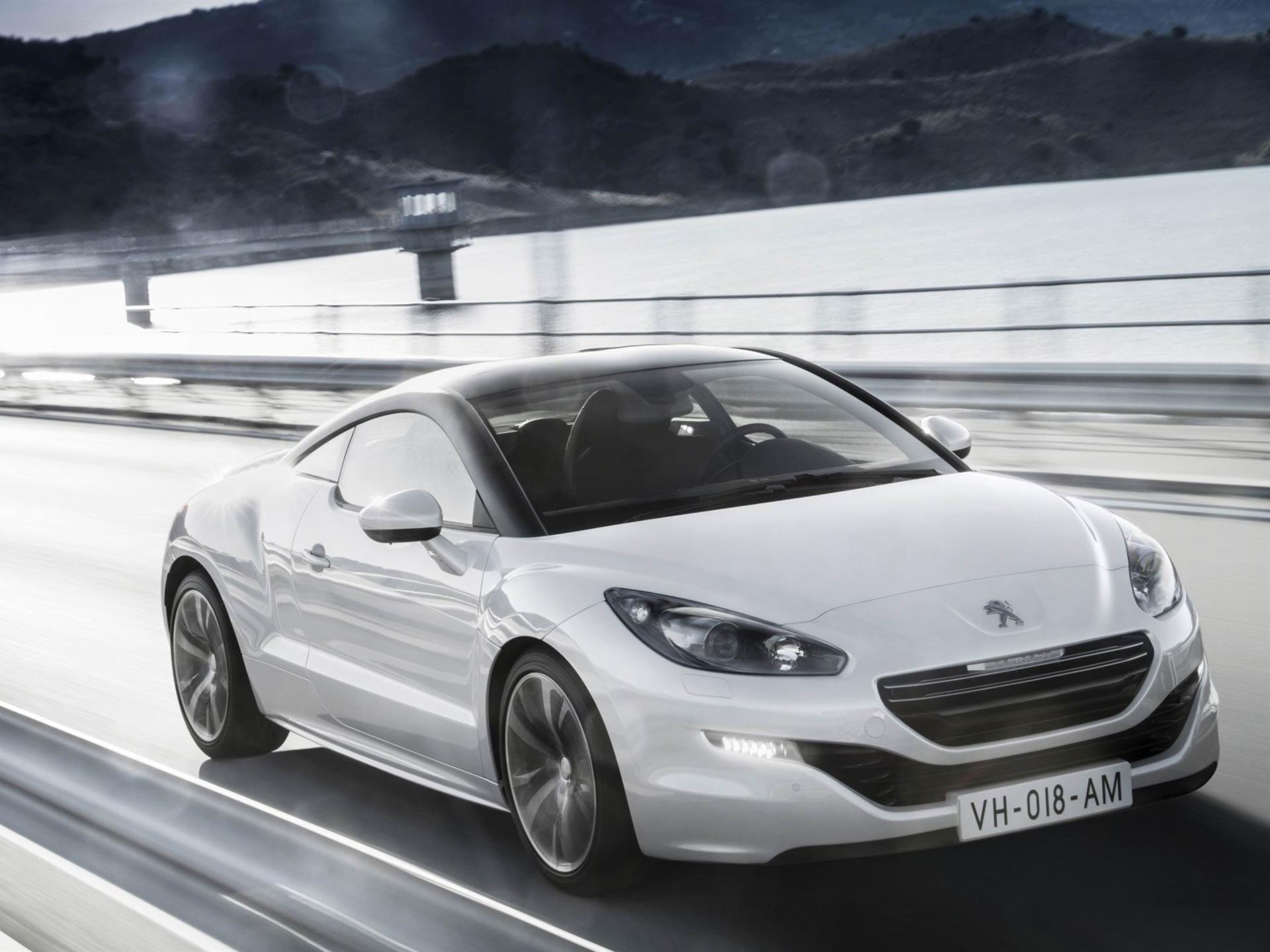 Peugeot RCZ — описание модели