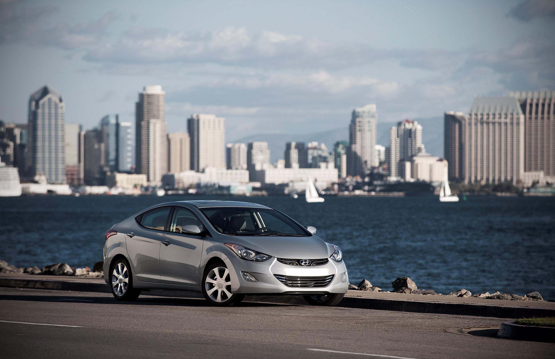 Hyundai Elantra V — описание модели