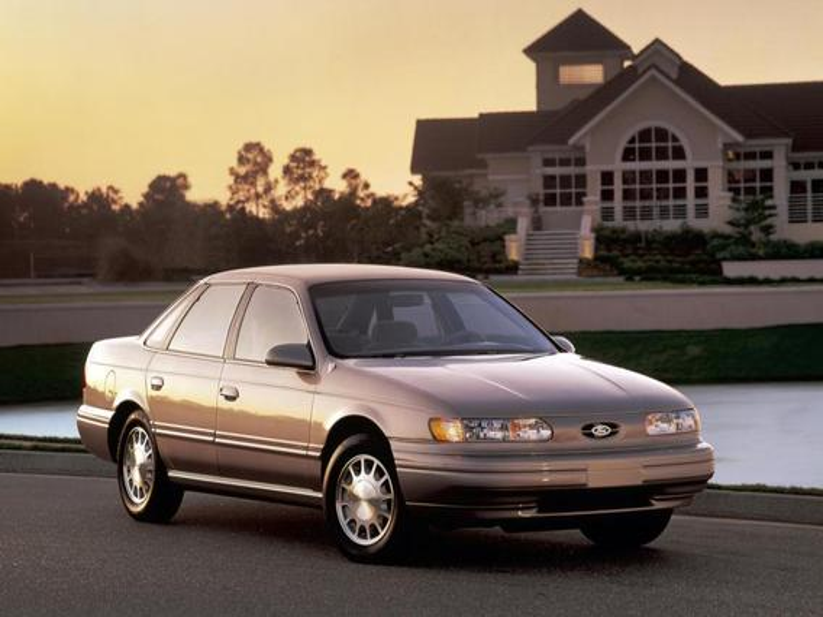Ford Taurus II — описание модели