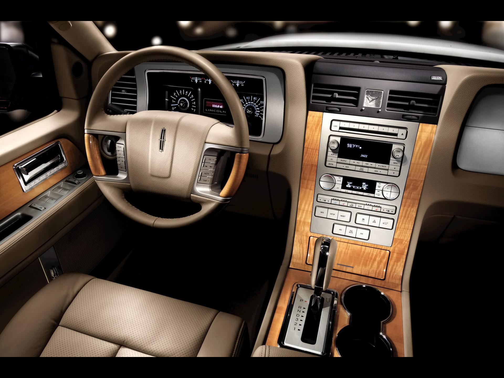 Lincoln Navigator — описание модели