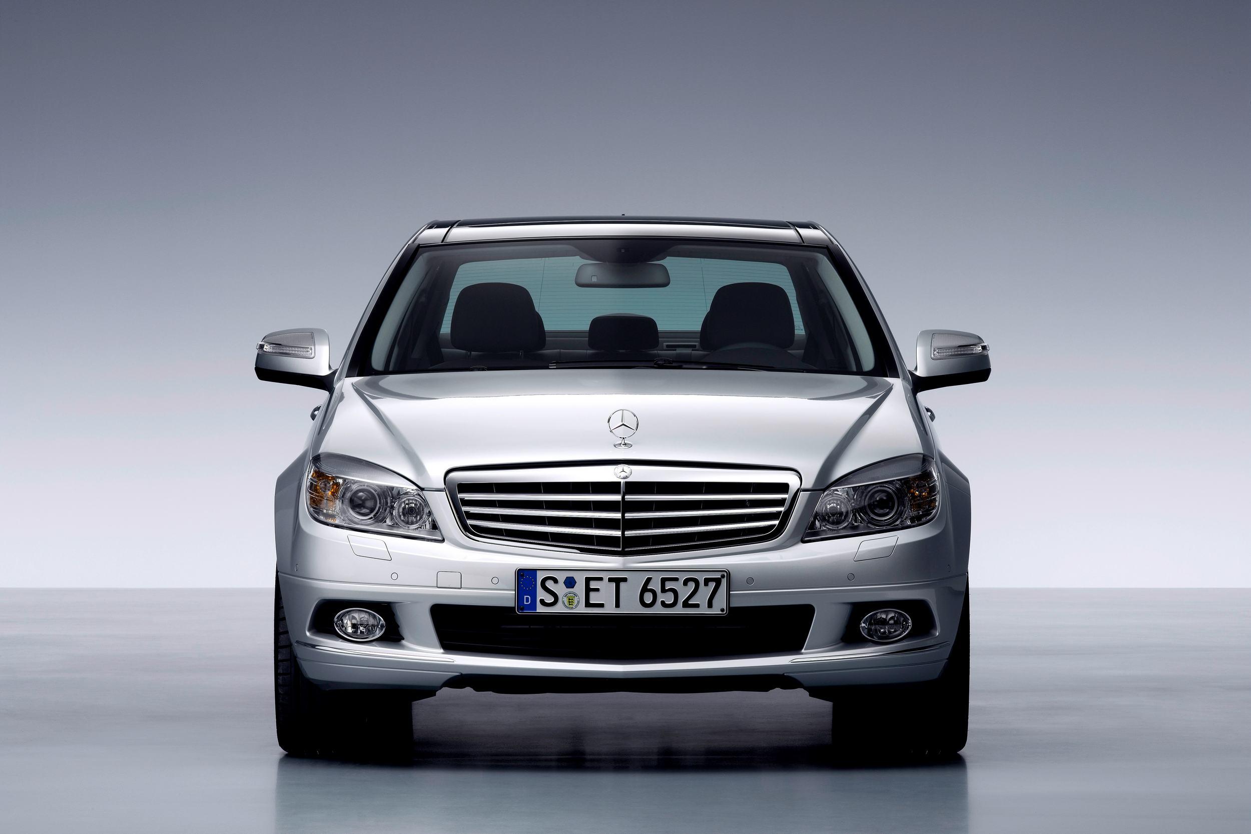 Mercedes-Benz C-Class (W204) — описание модели