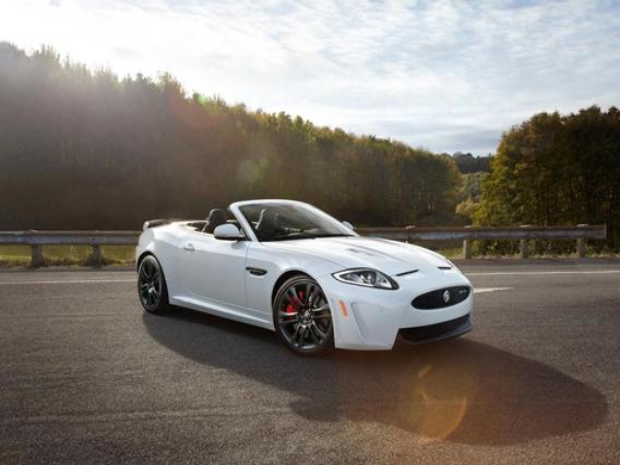 Jaguar XK — описание модели