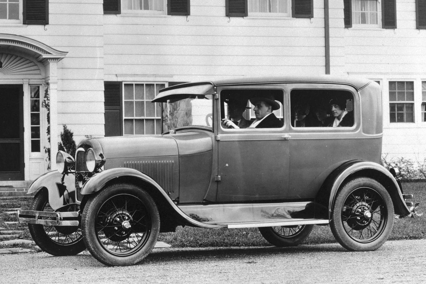 История советского автопрома 40-х годов