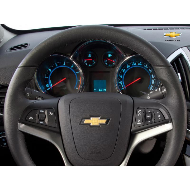 Тяжело крутится руль в Chevrolet Cruze фото