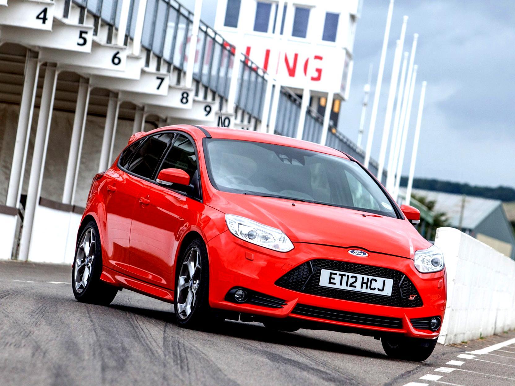 Какая гарантия на кузов Ford Focus 3?