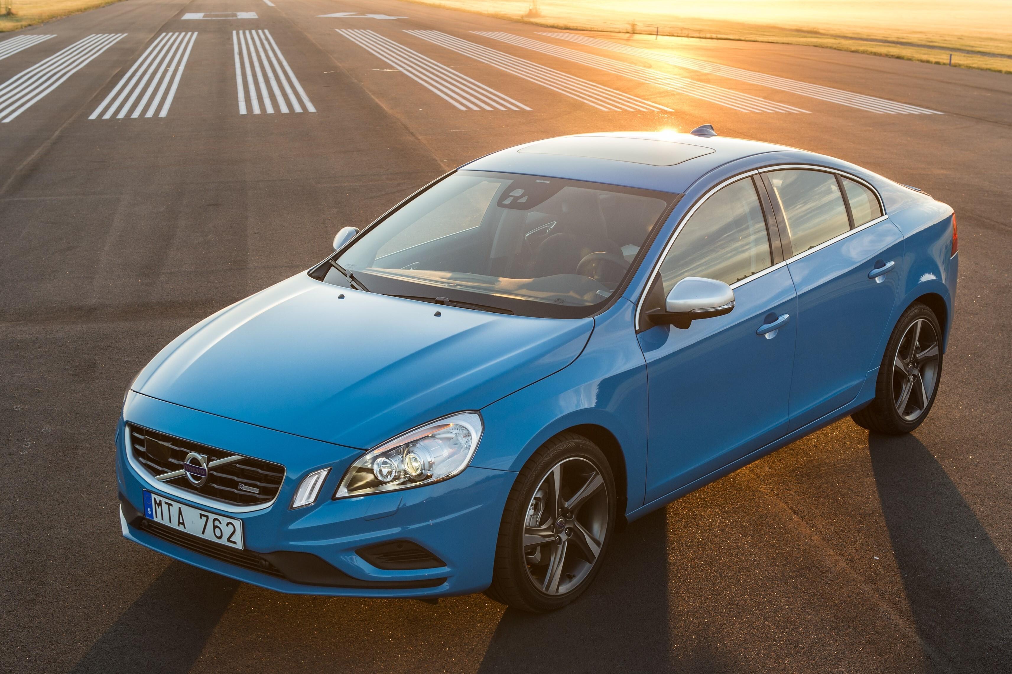 Volvo S60 - описание модели