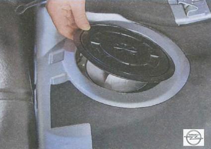 Ремонт крышки бензобака Opel Astra J