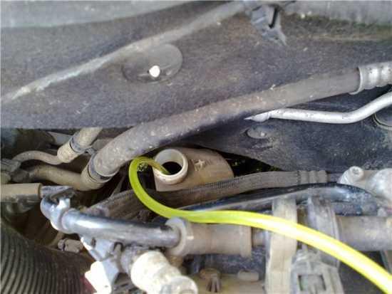 Выявление протечек гидроусилителя Opel Astra H