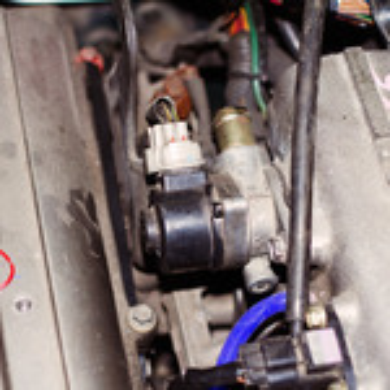 Проблемы с холостым ходом Renault Sandero фото
