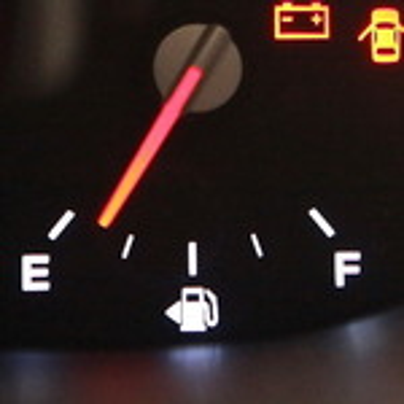 Расход топлива у Renault Sandero с разными двигателями фото