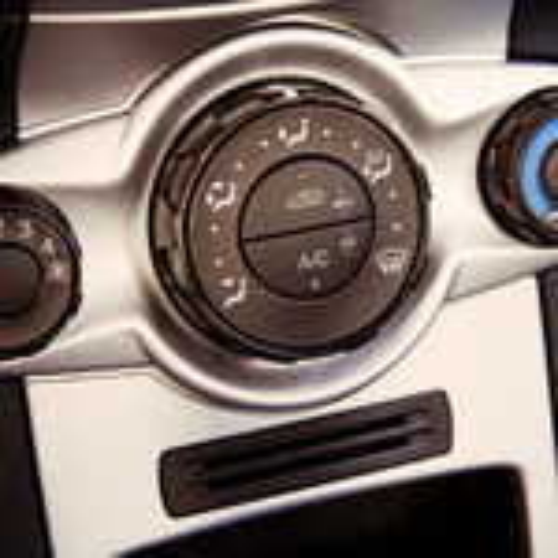 Очистка кондиционера Renault Logan фото
