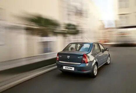 Почему после нажатия на педаль газа мотор набирает обороты, а Renault Logan не ускоряется?