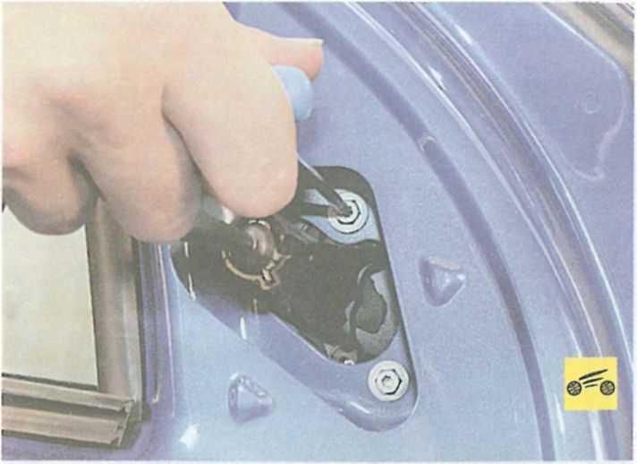 Можно ли сделать омывание стекла Renault Logan более равномерным?