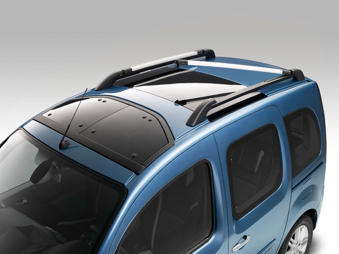 Установка багажника на крышу VW Polo Sedan