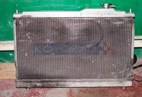 Как закрыть радиатор Ford Focus 2 в зимний период?