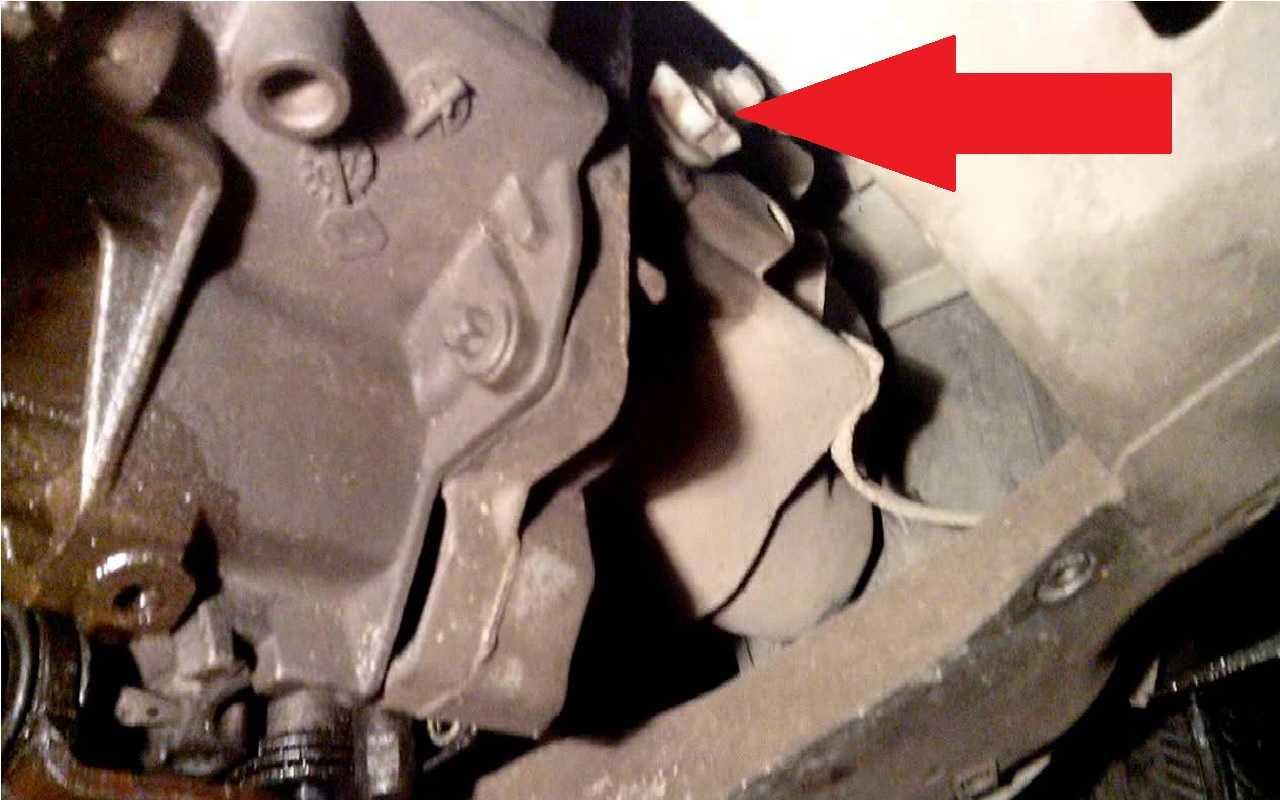 Нужно ли менять масло в механической КПП Renault Sandero?