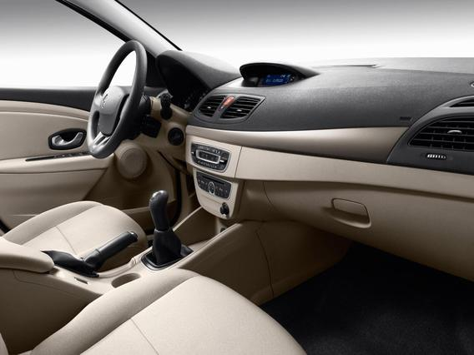 Можно ли перетянуть кожей подлокотники на дверях Renault Fluence