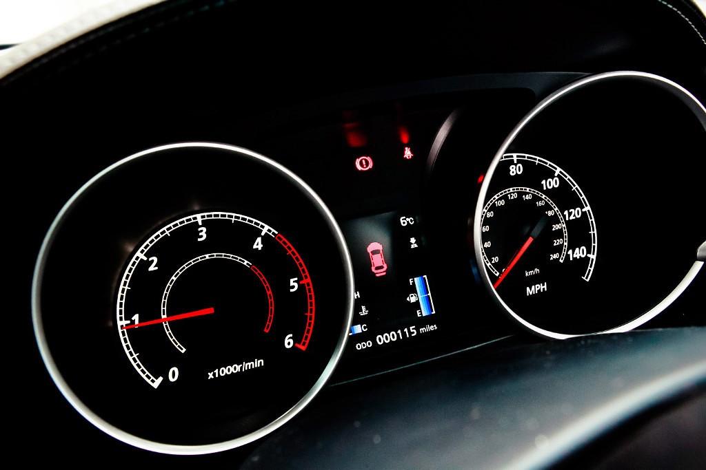 Что означает надпись Routine Maitenance Required на дисплее компьютера Mitsubishi Outlander XL