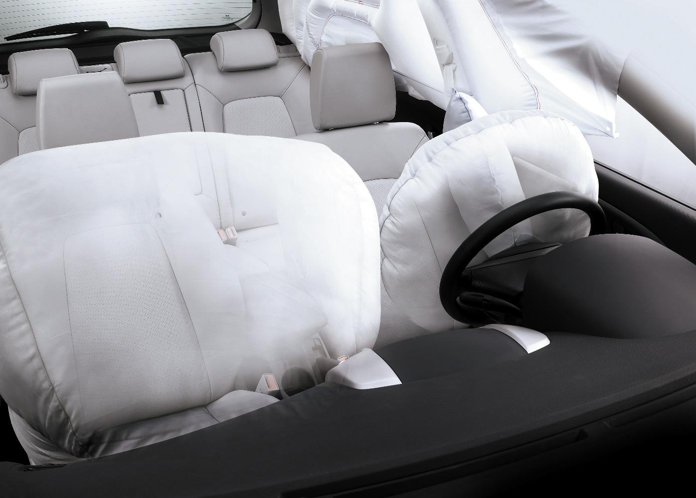 Трещина корпуса водительской подушки безопасности Kia Sportage III