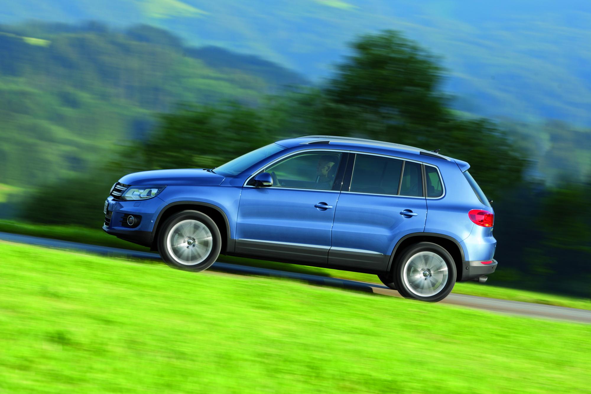 Почему VW Tiguan может дергаться при интенсивном разгоне?