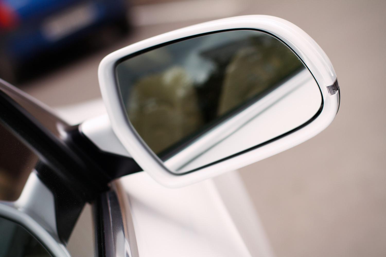 Возможно ли установить электропривод складывания зеркал на Nissan Almera Classic