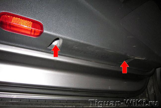 Как снимать обшивку передней двери VW Tiguan