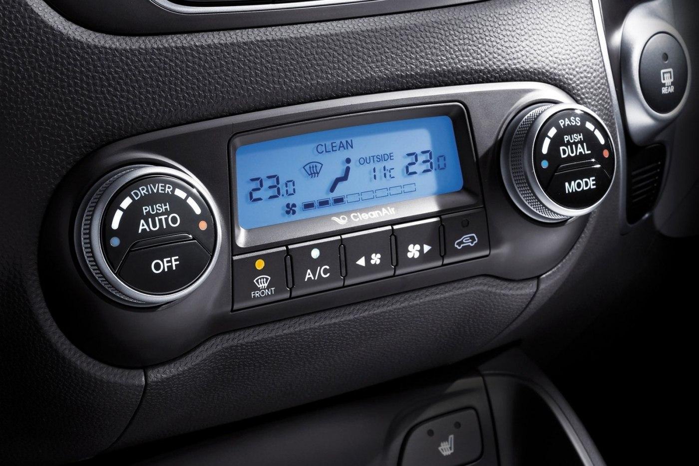 Кондиционер Hyundai ix35 дует тёплым воздухом