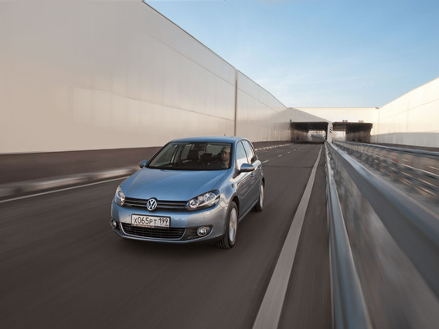VW Golf VI вибрирует на холостых оборотах
