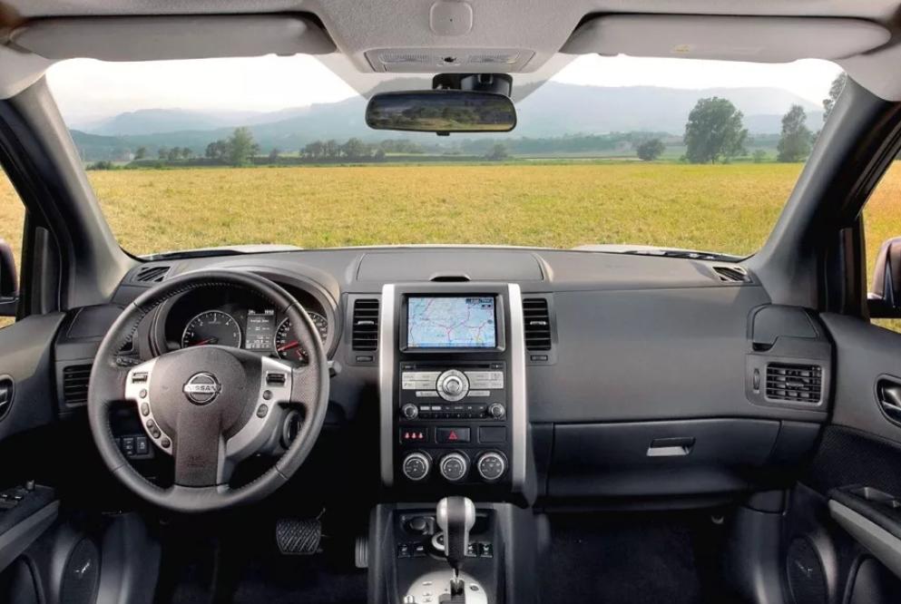 Активация сервисного режима головного устройства с навигацией на Nissan X-Trail II