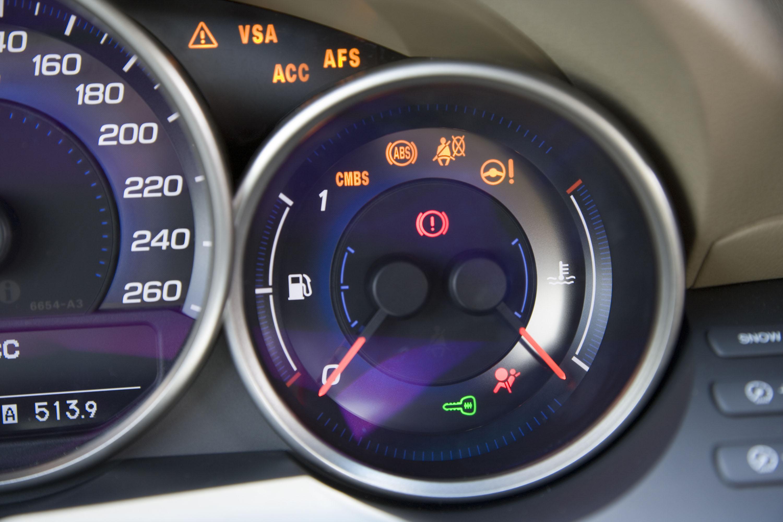 Какие индикаторы температуры двигателя устанавливаются на KIA Cerato II?