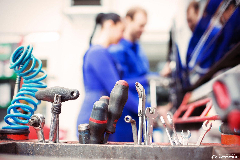 Интервал гарантийного техобслуживания Toyota Camry VII