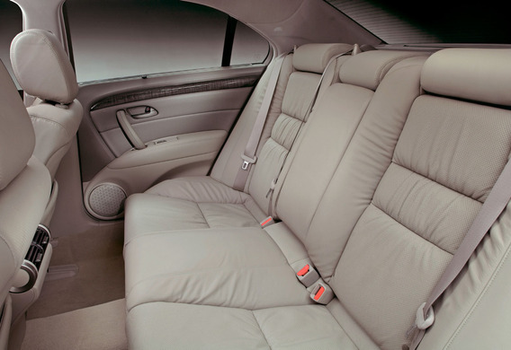 Как демонтировать подушку заднего сиденья Hyundai Accent
