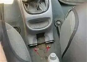 Почему центральный тоннель в Hyundai Accent нагревается