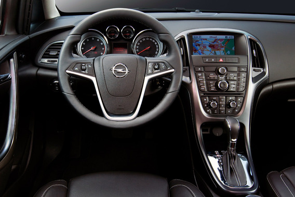 Перезагрузка EHU при работе навигации на русском языке на Opel Astra J GTC