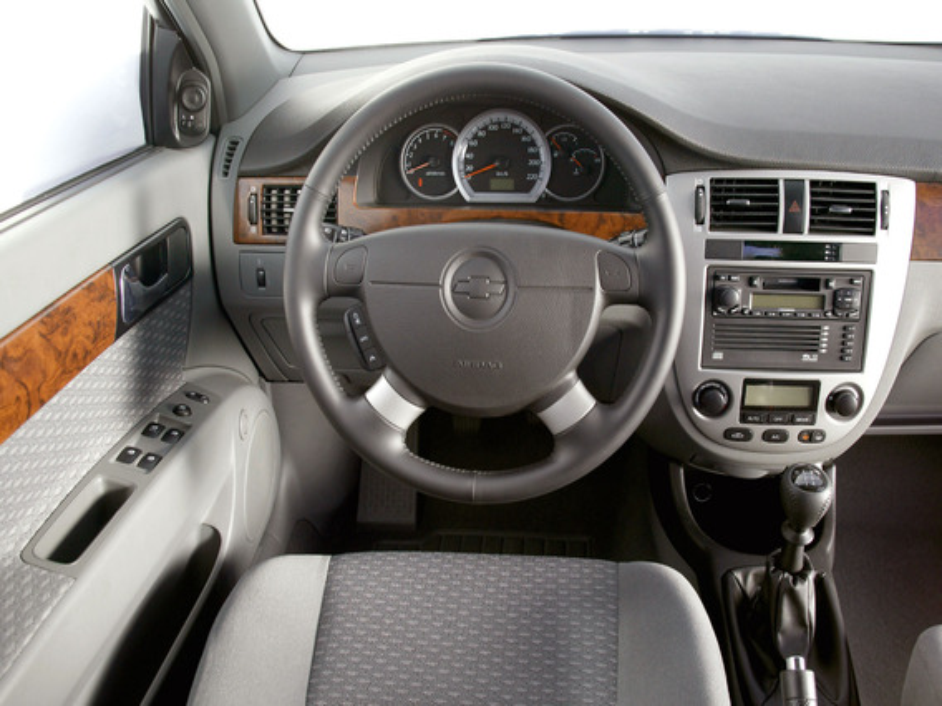 панели Chevrolet Lacetti