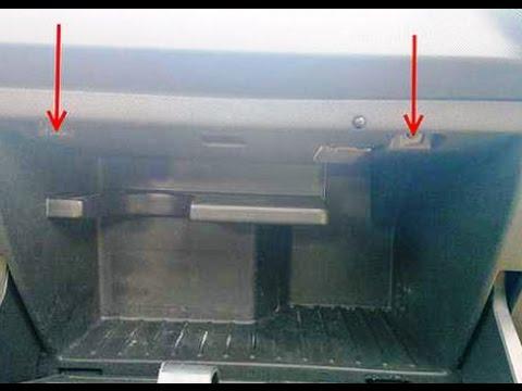 Как поменять салонный фильтр на Opel Corsa D