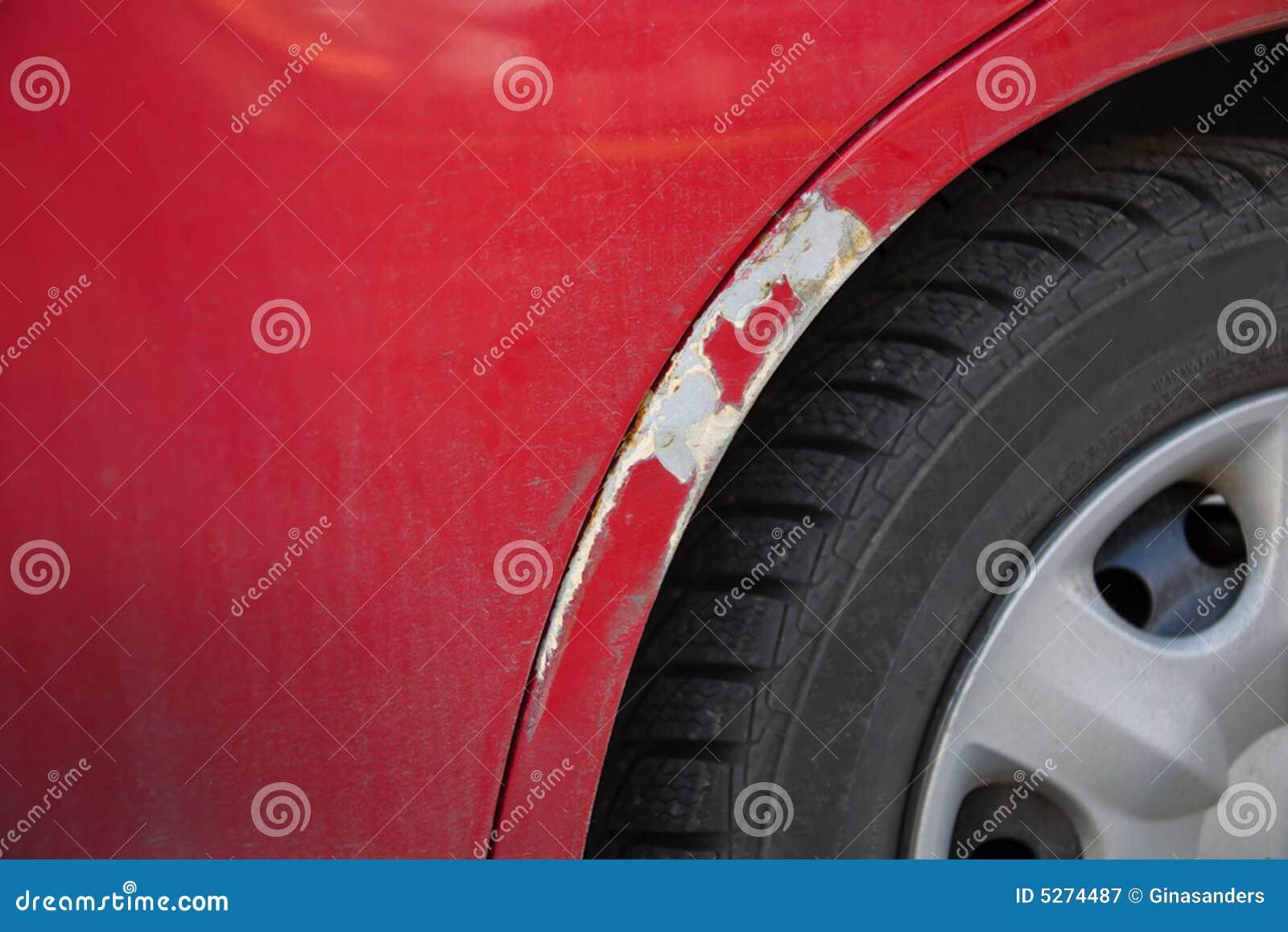 Скол на краске Ford Mondeo 4 от соприкосновения дверей
