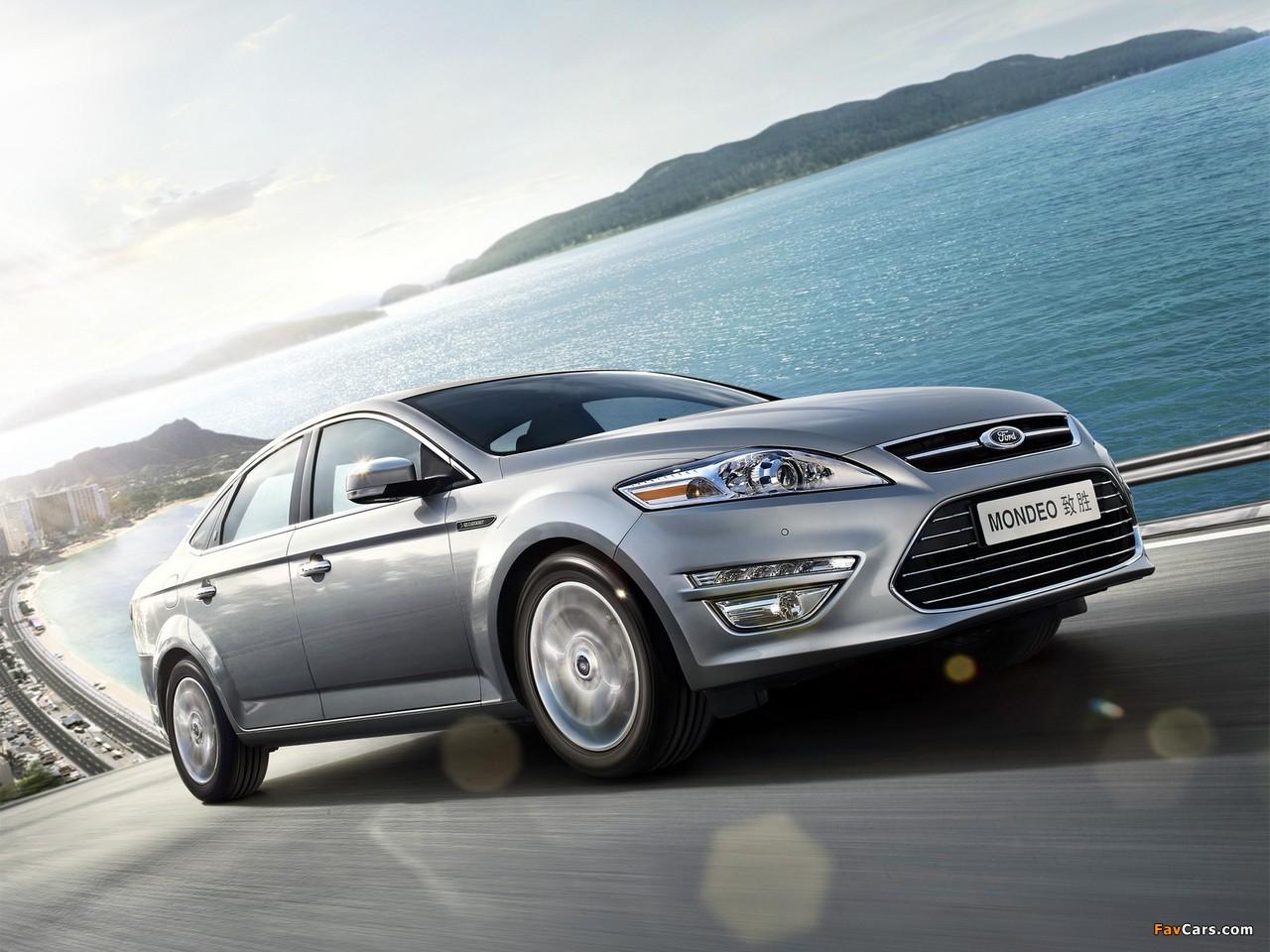 Что представляет собой система освещения AFS на Ford Mondeo 4?