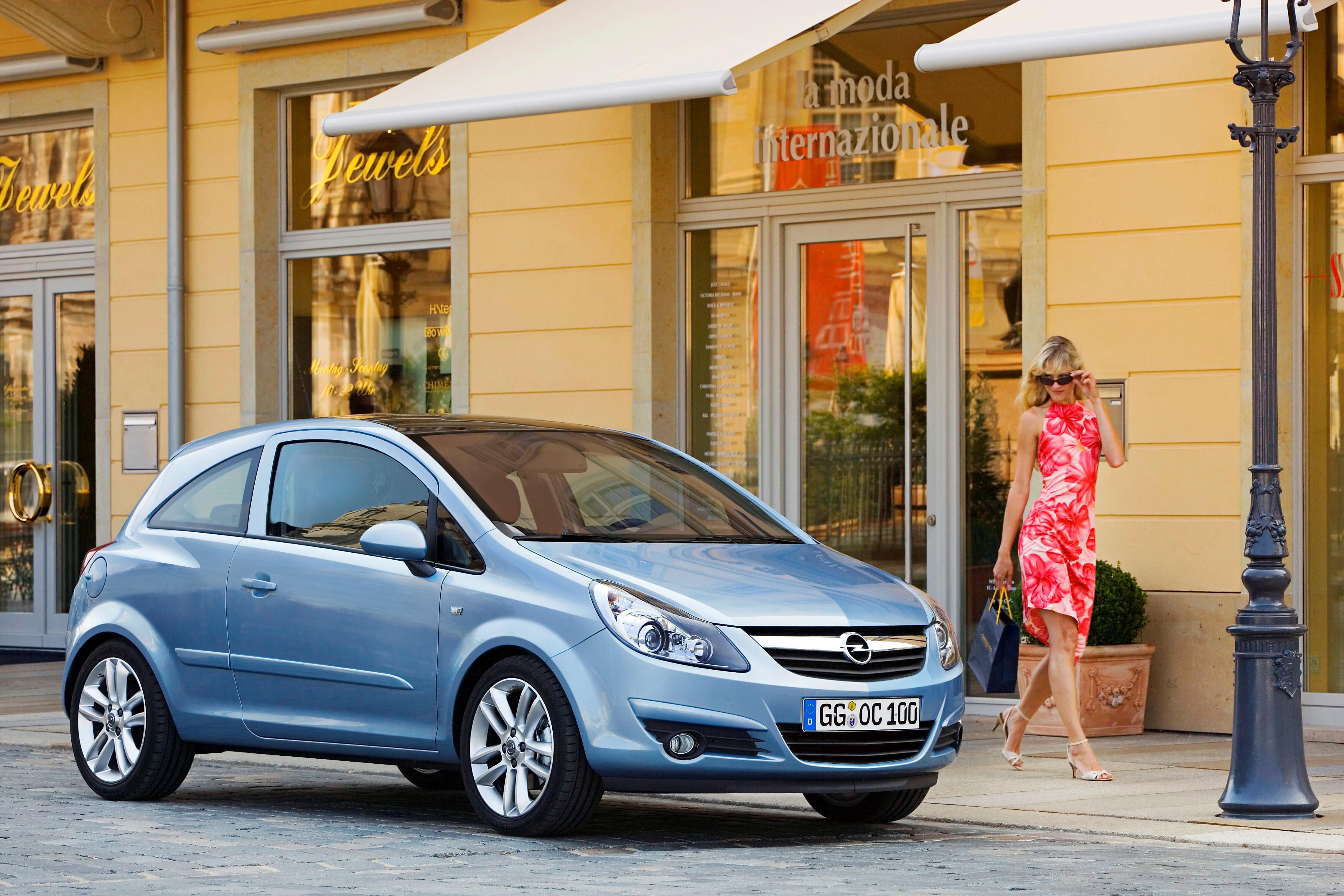 Как устранить скрип стеклоподъемника Opel Corsa D