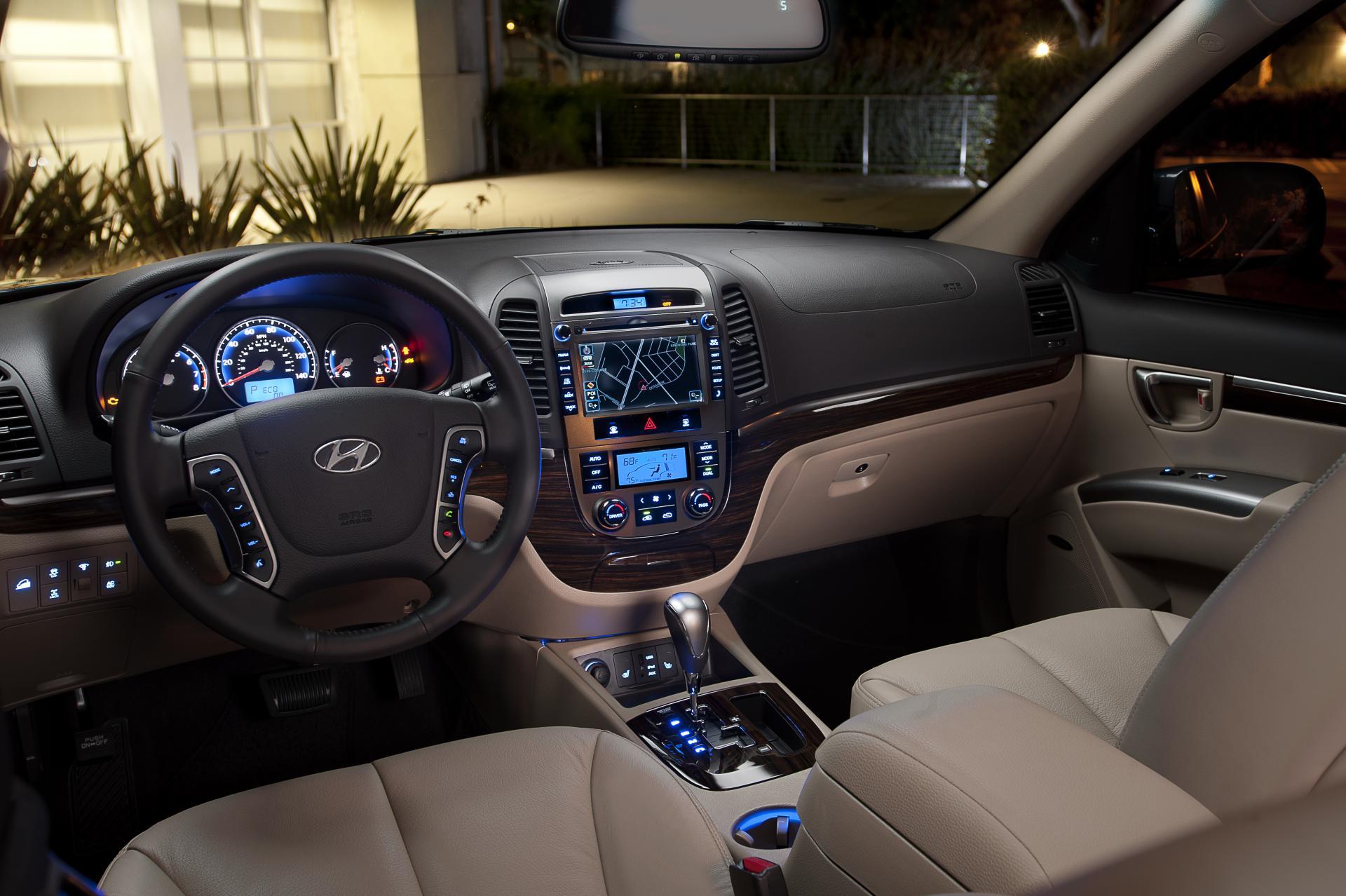 Проблемы с салоном Hyundai Santa Fe II