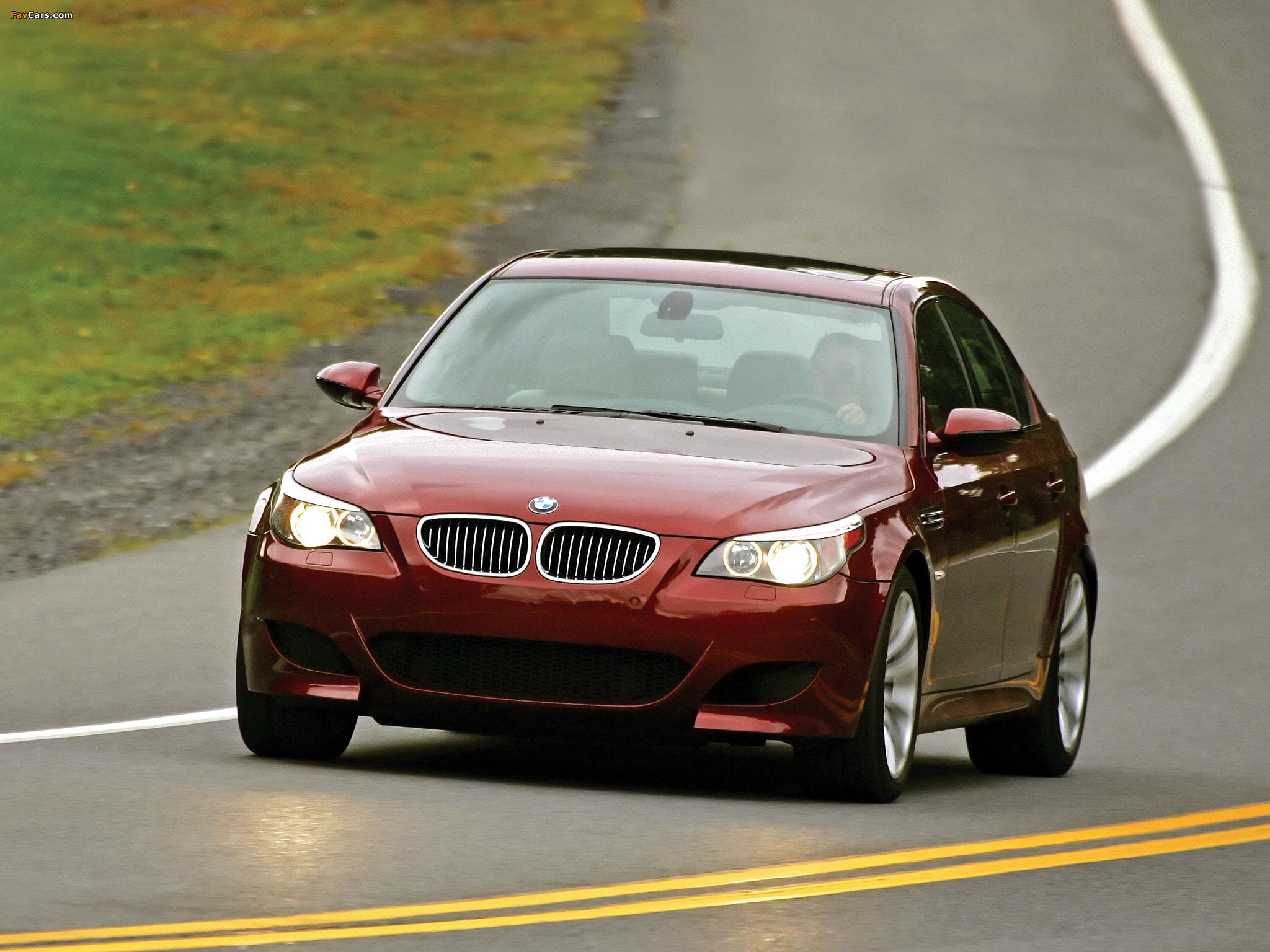 Как работают адаптивные поворотные фары BMW BMW 5 E60