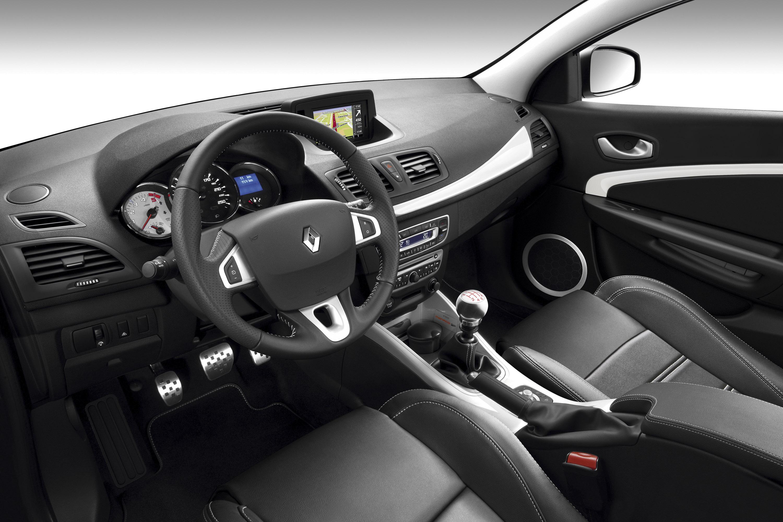 Скрип водительского сиденья Renault Duster