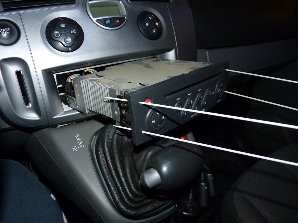 Стоит ли менять штатную магнитолу на Renault Megane III