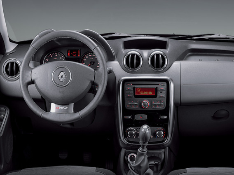 Дребезжит левый воздуховод Renault Duster