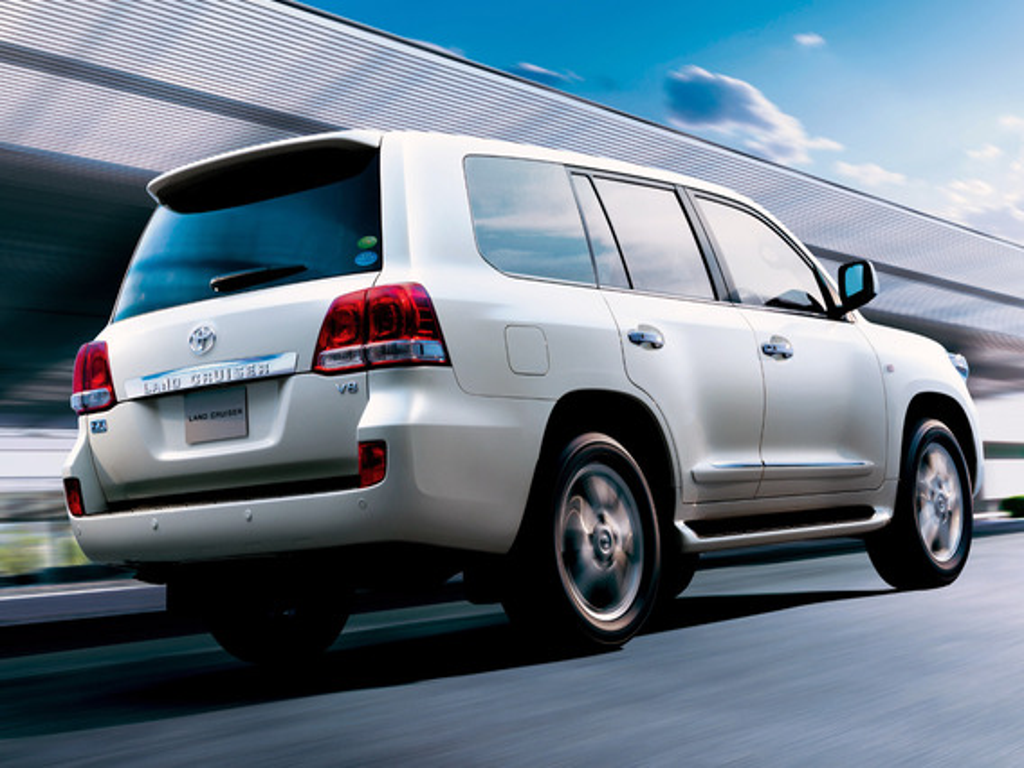 Показания парктроника Toyota Land Cruiser 200 в зависимости от расстояния