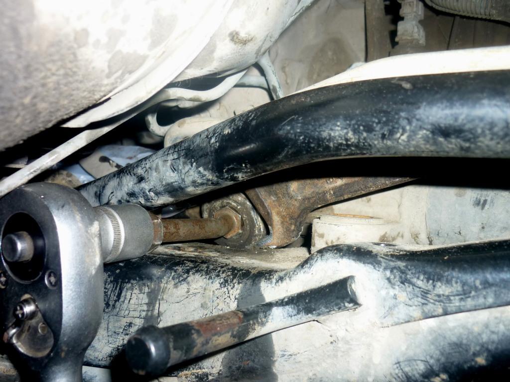 Металлический стук при повороте руля Mitsubishi Lancer 9