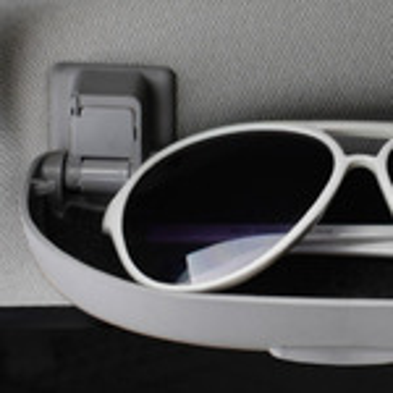Установка футляра для очков вместо ручки над головой водителя Mitsubishi Lancer 9 фото